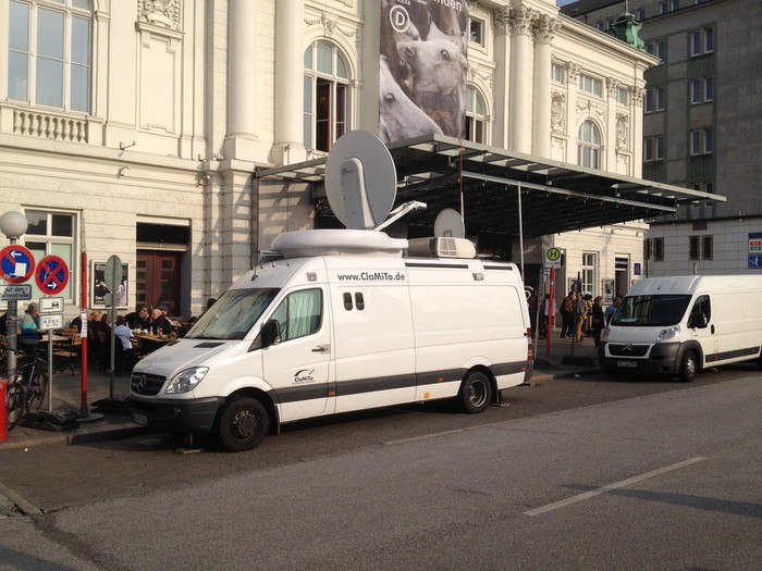 ClaMiTo Broadcast Services Sat-Ü-Wagen DSNG Hamburg - D-461 - SNG ...
